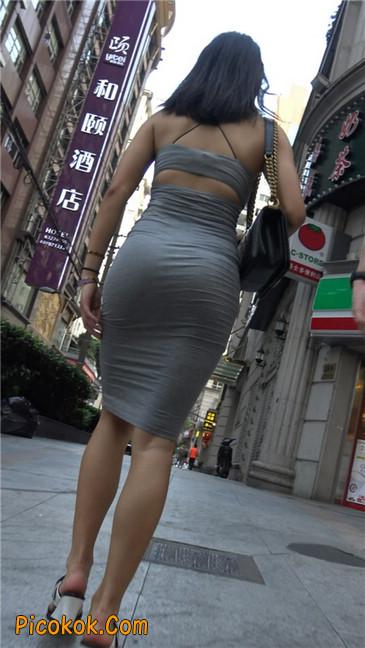 超极品超性感灰色露背包臀裙美女17