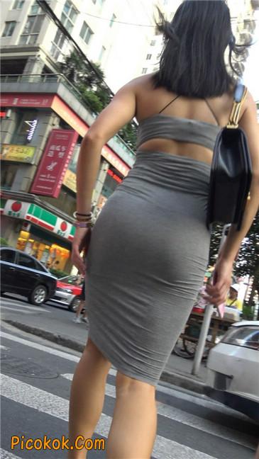 超极品超性感灰色露背包臀裙美女18