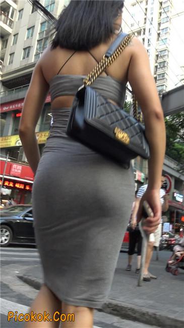 超极品超性感灰色露背包臀裙美女19