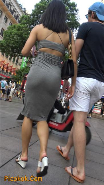 超极品超性感灰色露背包臀裙美女21