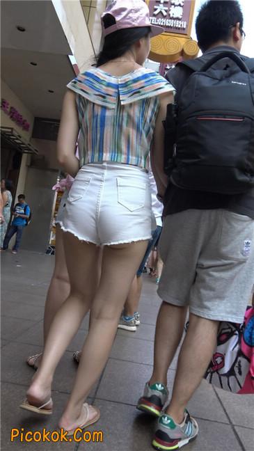 白色短热裤-丰腴之臀1
