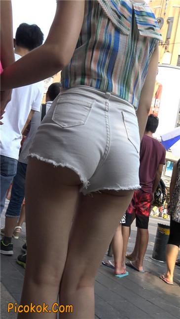 白色短热裤-丰腴之臀11