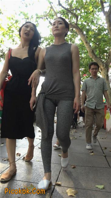 极品健美紧身裤金三角美女5