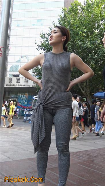 极品健美紧身裤金三角美女11