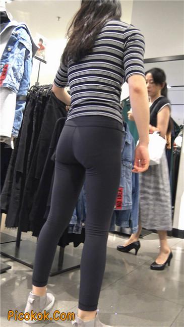 超极品轻盈紧身瑜伽裤翘臀美女试衣服18