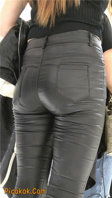 超极品黑色高跟紧身皮裤翘臀大美女第一季12