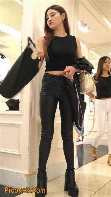 超极品黑色高跟紧身皮裤翘臀大美女第一季19
