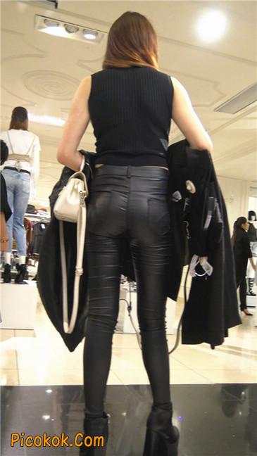 超极品黑色高跟紧身皮裤翘臀大美女第一季30