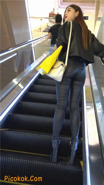 超极品黑色高跟紧身皮裤翘臀大美女第一季51