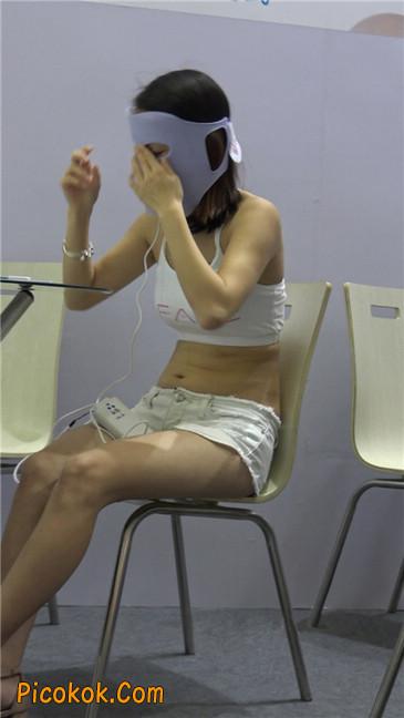 面目护理仪器女模特MM5