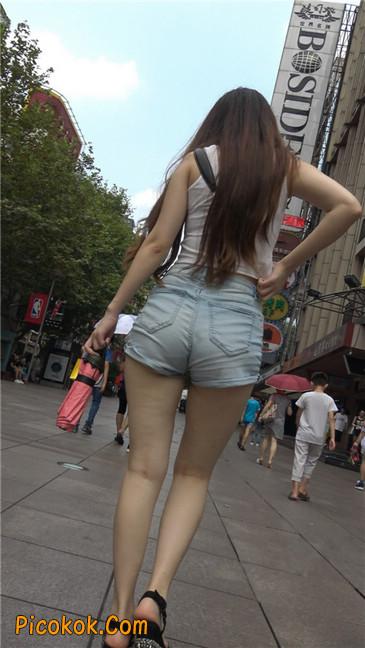 超性感浅牛热裤美女.勒得太紧了2