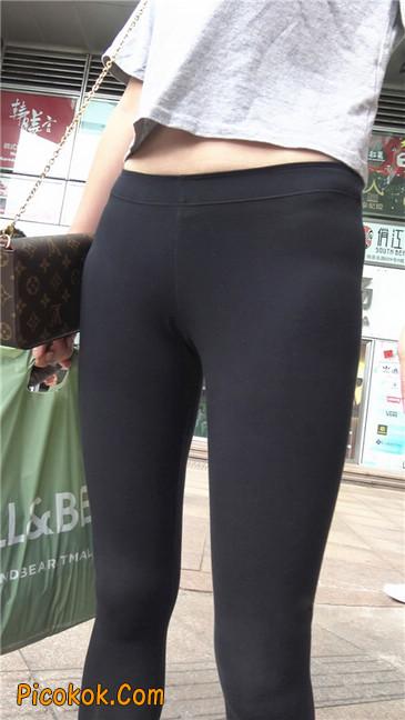黑色耐克紧身裤墨镜美女6