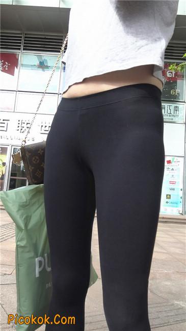 黑色耐克紧身裤墨镜美女7