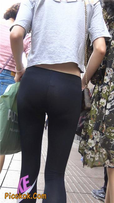 黑色耐克紧身裤墨镜美女16