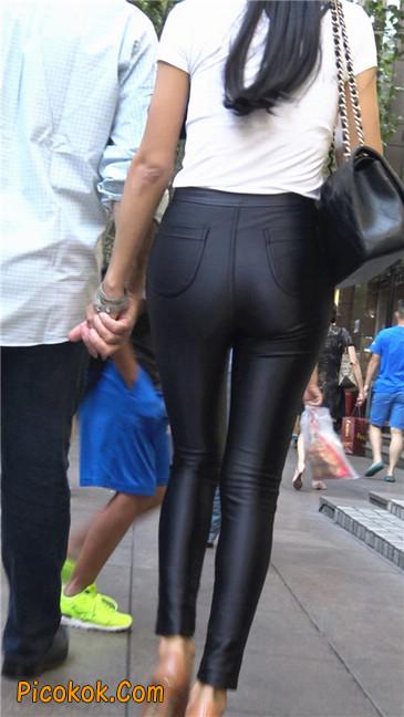 极品超性感紧身皮裤翘臀黄高跟大美女5