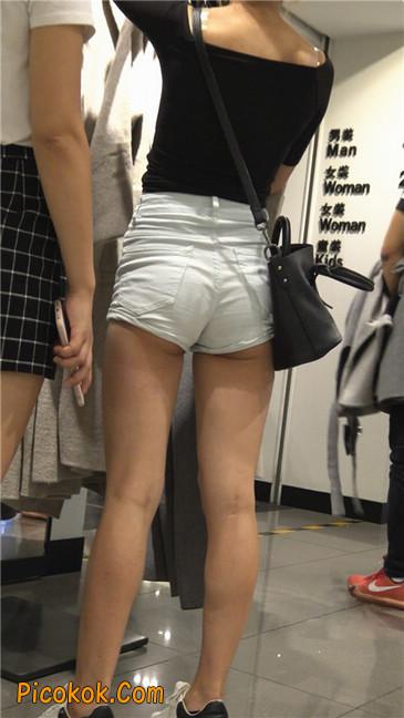 超短白热裤俏皮小翘臀都露了出来4