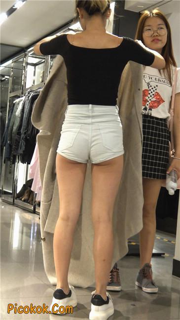 超短白热裤俏皮小翘臀都露了出来6