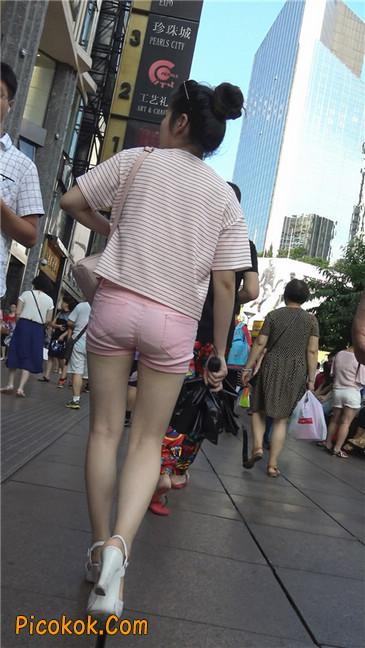 紧身粉色热裤美腿裙美少妇9