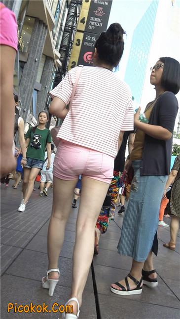 紧身粉色热裤美腿裙美少妇10