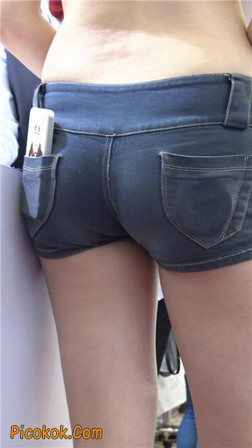 上海美博会超性感紧身短裤美女6