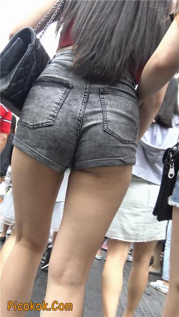 超性感超极品红衣露脐紧三角翘臀凸点美妇14