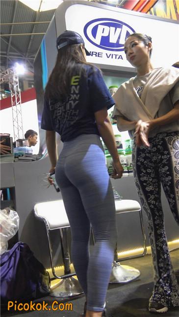 紧身巨臀瑜伽裤美女第二季11