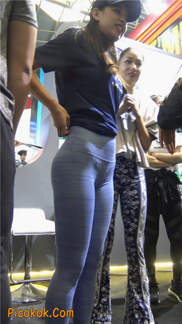 紧身巨臀瑜伽裤美女第二季16