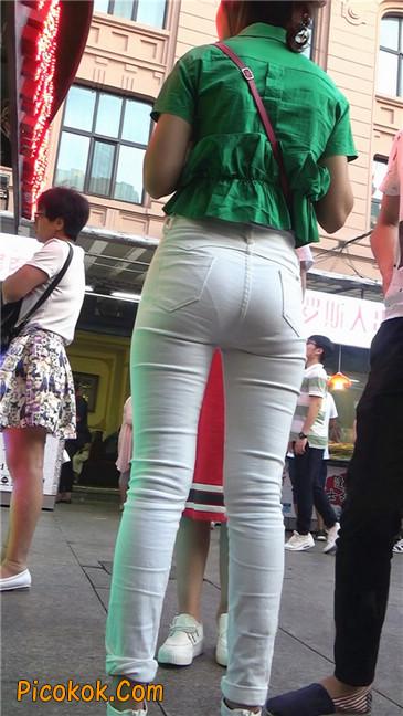 细腰美臀紧身白裤少妇3