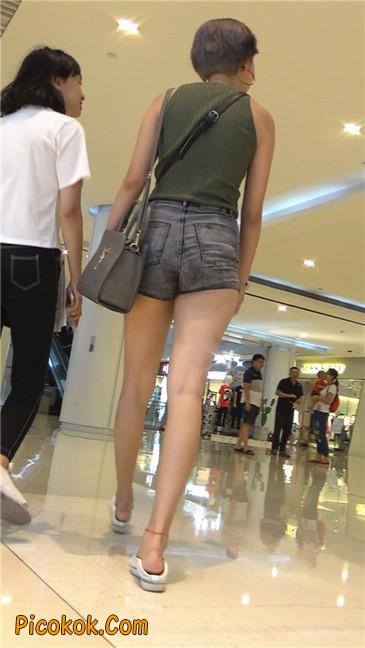 很有气质的长腿热裤美女4