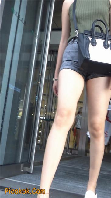 很有气质的长腿热裤美女11