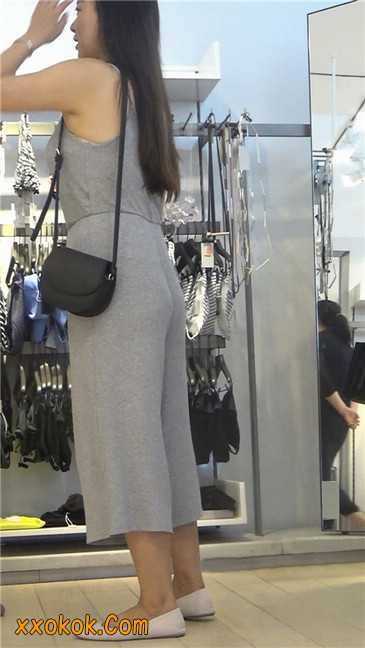 欲望满身的七分长裤少妇2
