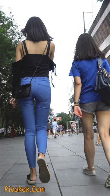 紧身蓝牛长腿MM
