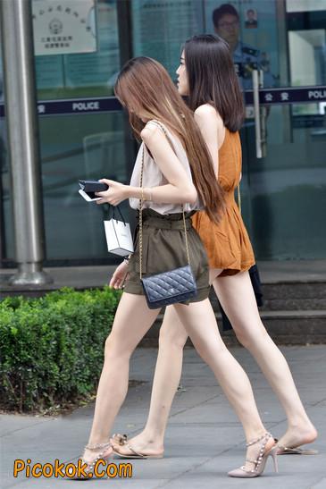 两个极品高跟美腿美女7