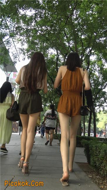 两个极品高跟美腿美女14