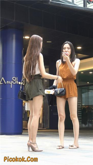 两个极品高跟美腿美女25