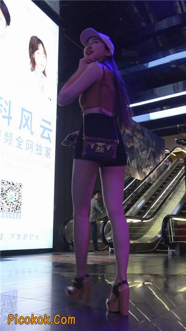 极品高跟黑热裤大长腿美女17