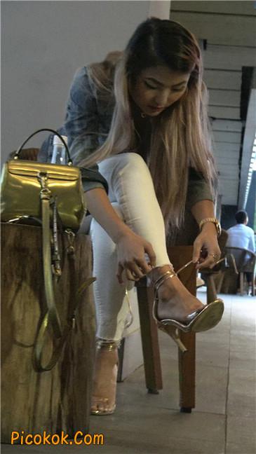 金色高跟紧身白裤野性时尚美臀小美女3