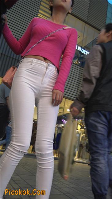 性感开背紧身白裤翘臀美女2