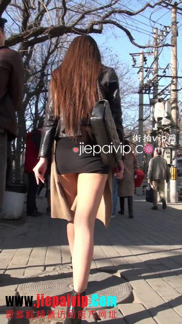 街拍身材好到爆的高挑短裙性感美女36
