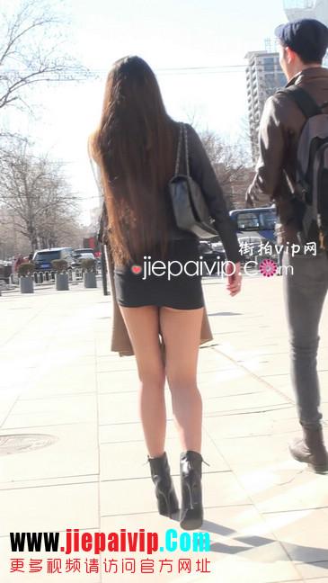 街拍身材好到爆的高挑短裙性感美女1
