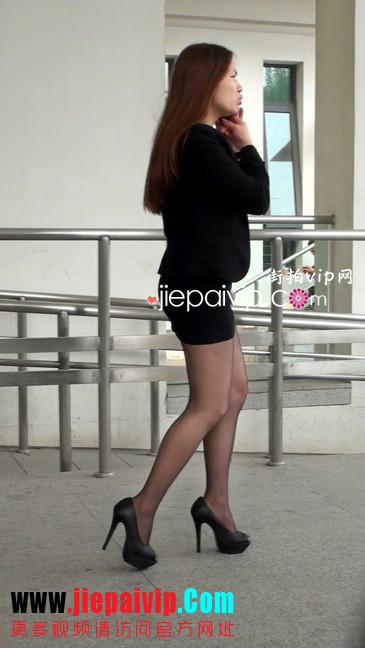 黑丝短裙美眉性感身材尤为诱人9