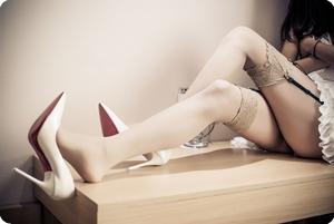 高跟鞋的摩擦简直就是天籁之音
