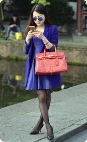 魔镜街拍,黑丝短裙高跟极品美女