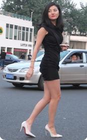 极品短裙气质少妇的回眸一笑已倾城