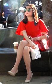 气质非常好的长腿短裙美女少妇