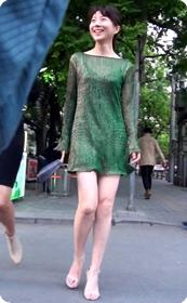看着好舒服的绿裙子美少妇