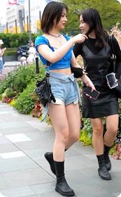 热裤翘臀的性感少妇,太敢穿了