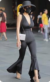 时尚性感气质大美女,长腿逆天颜值也爆表
