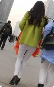 极品白色紧身裤美女少妇