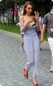 超级性感的黑丝短裙极品美女